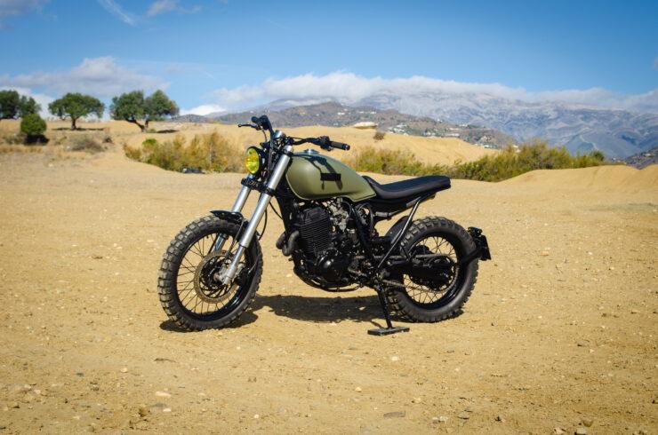Custom Yamaha XT600 2