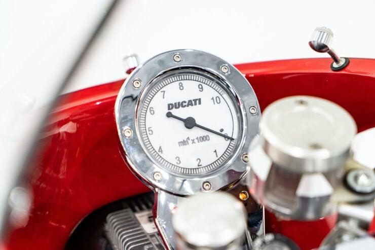 Ducati MH900e Evoluzione 14
