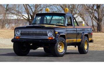 Jeep-J10-Golden-Eagle-Pickup-Truck