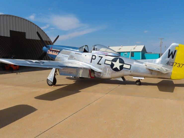 North American P-51D Mustang 2