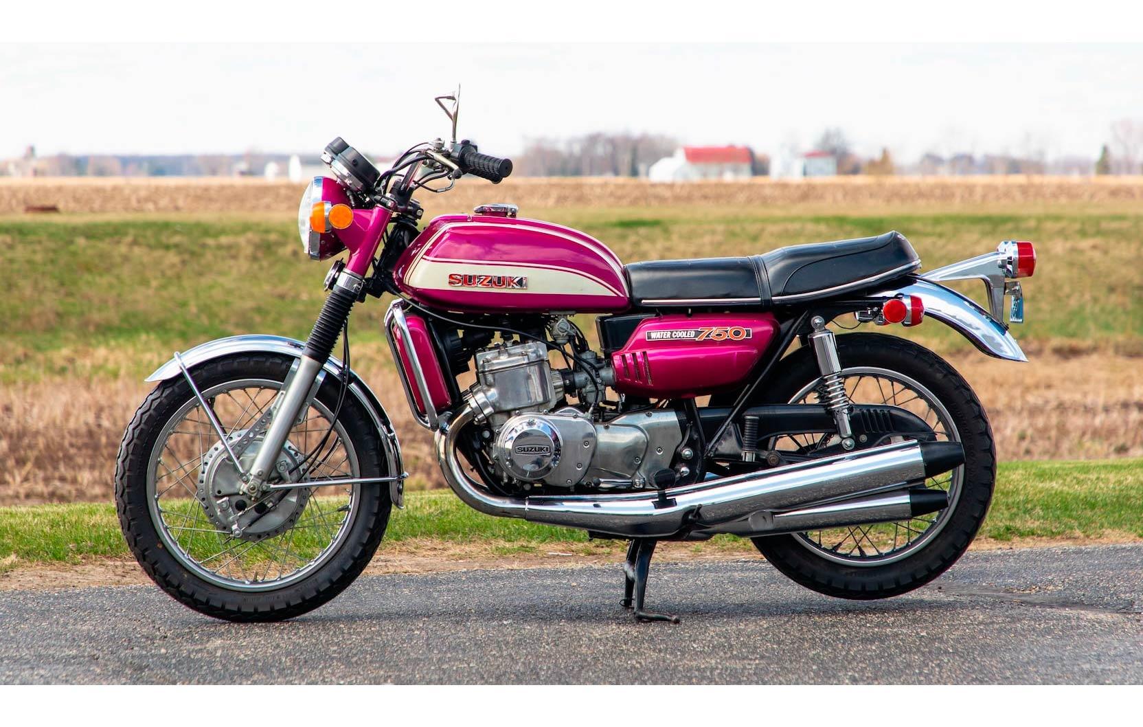 Suzuki-GT750-Motorcycle