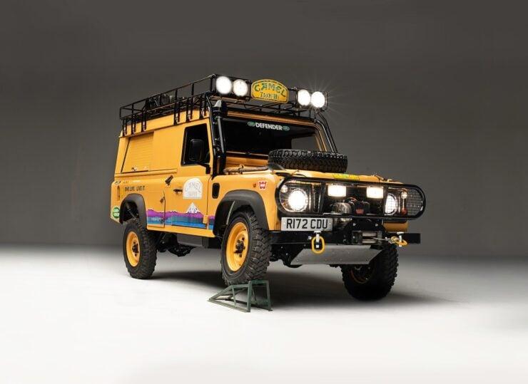 Camel Trophy Land Rover Defender 2