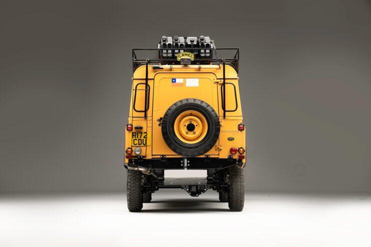 Camel Trophy Land Rover Defender 6