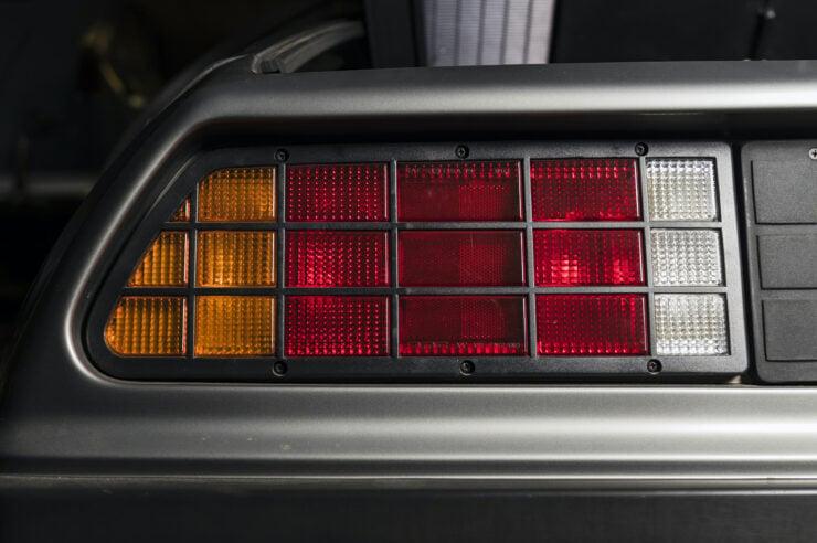 DeLorean DMC-12 4