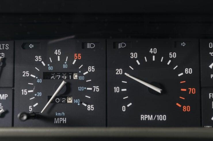DeLorean DMC-12 8