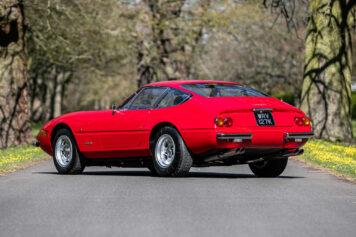 Ferrari 365 GTB 4 Daytona 6