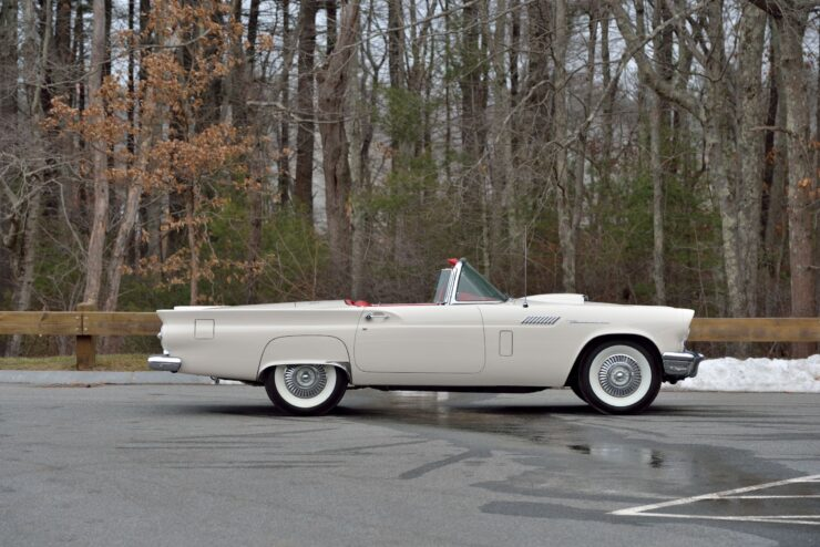 Ford Thunderbird Phase One D:F Supercharged 2