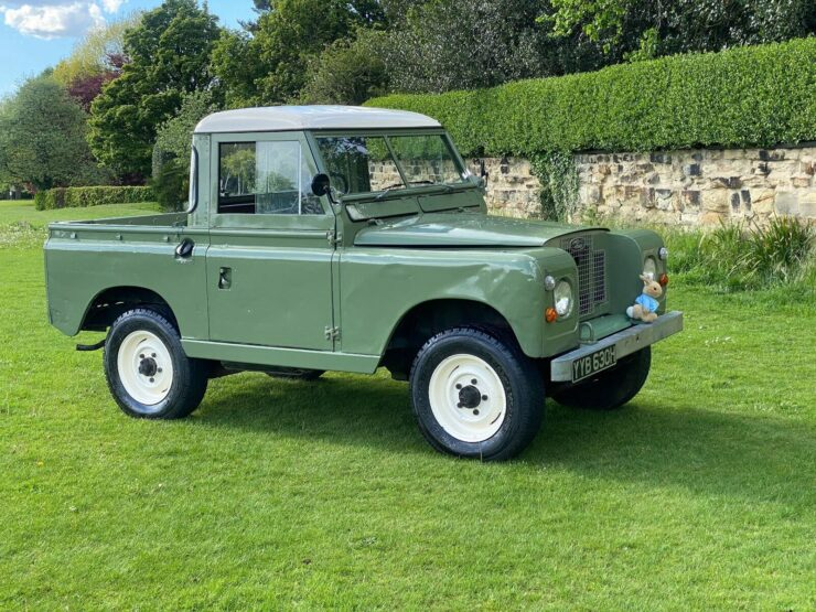 Land Rover Series 2A 10