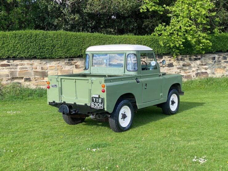 Land Rover Series 2A 7