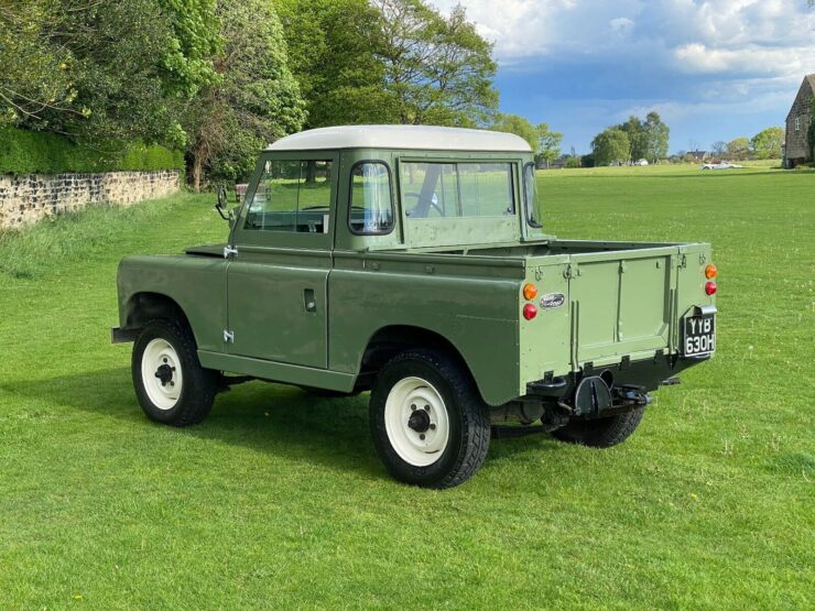 Land Rover Series 2A 9