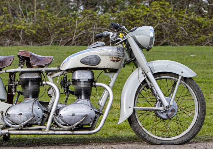 Motoconfort Twin-Engined Motorcycle 1