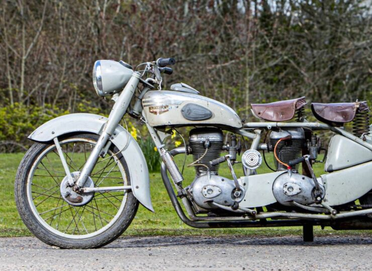 Motoconfort Twin-Engined Motorcycle 4