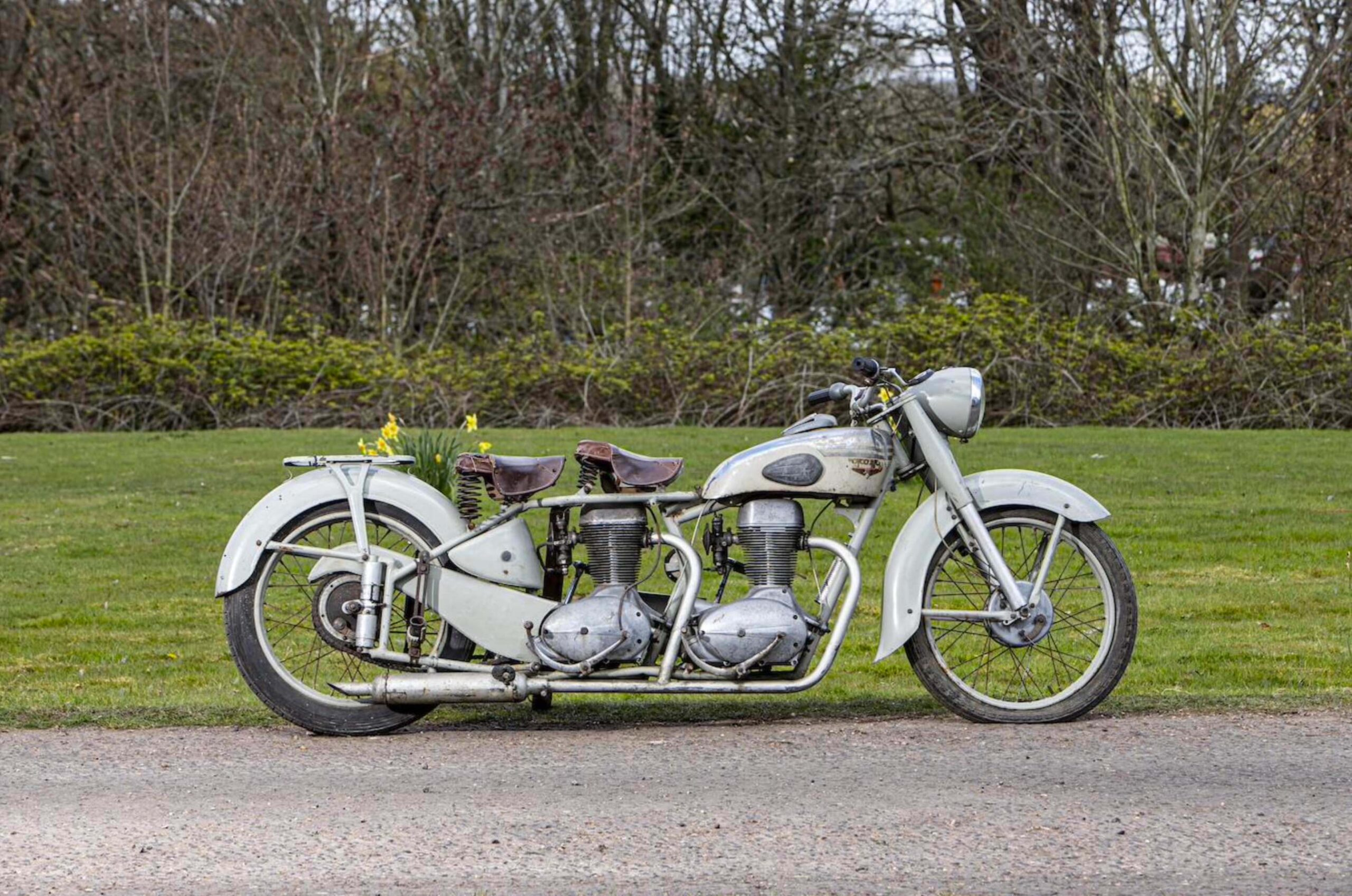 Motoconfort Twin-Engined Motorcycle