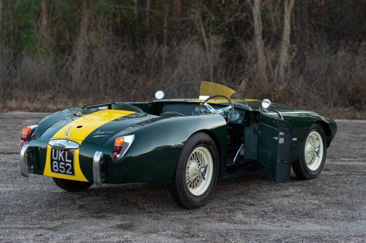 RGS Atalanta Car 4