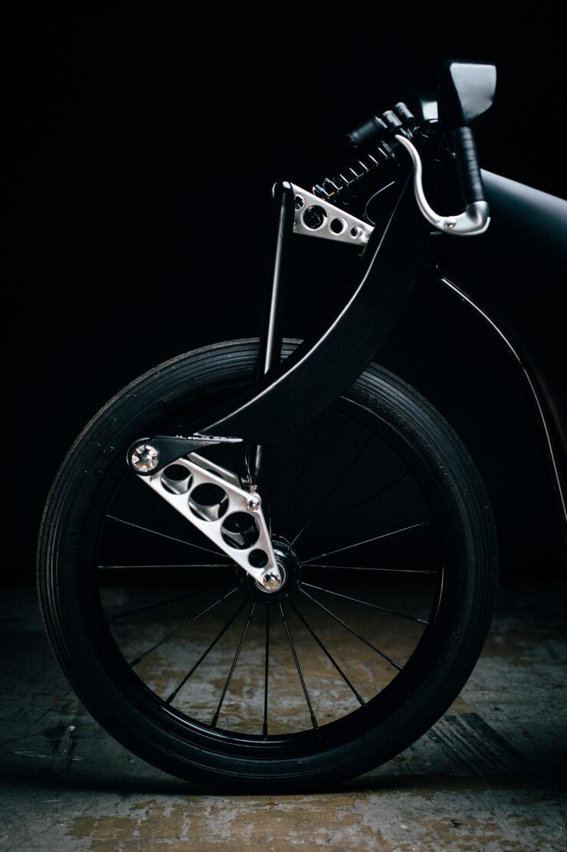Revival Cycles Landspeeder Custom BMW 11
