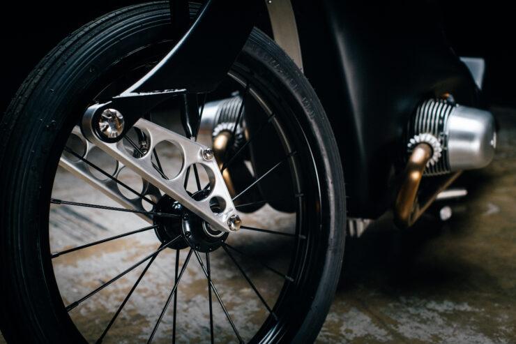 Revival Cycles Landspeeder Custom BMW 13