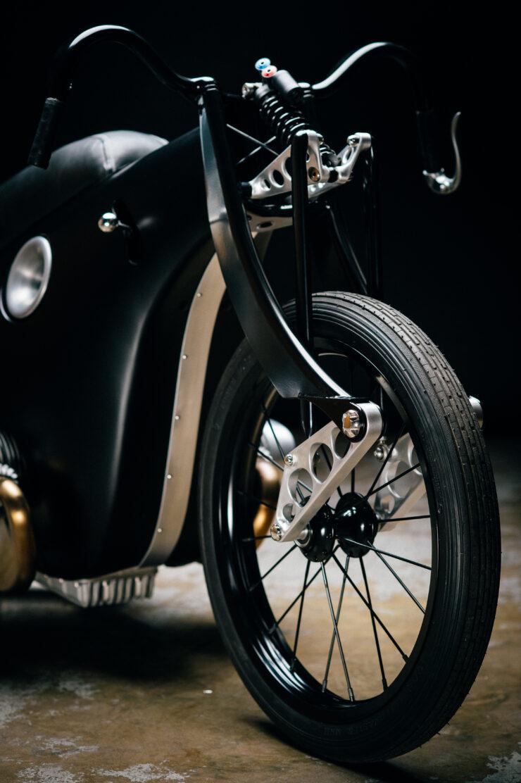 Revival Cycles Landspeeder Custom BMW 18