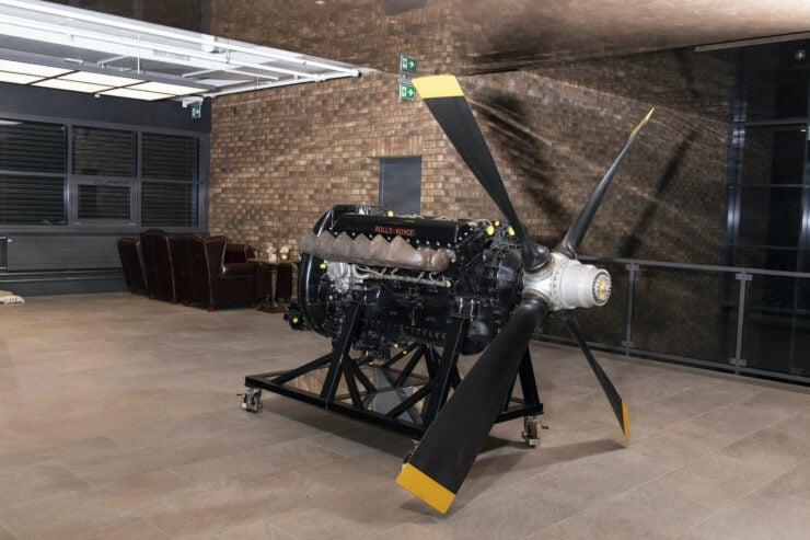 Rolls-Royce Merlin V12 Aero Engine 5