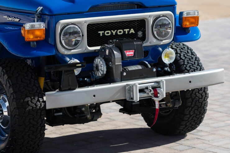 Toyota Land Cruiser FJ43 11