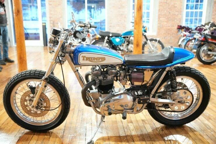 Triumph T120R 2