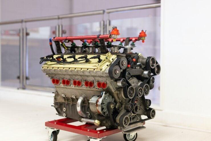 Alfa Romeo V10 V1035 Formula 1 Engine 5
