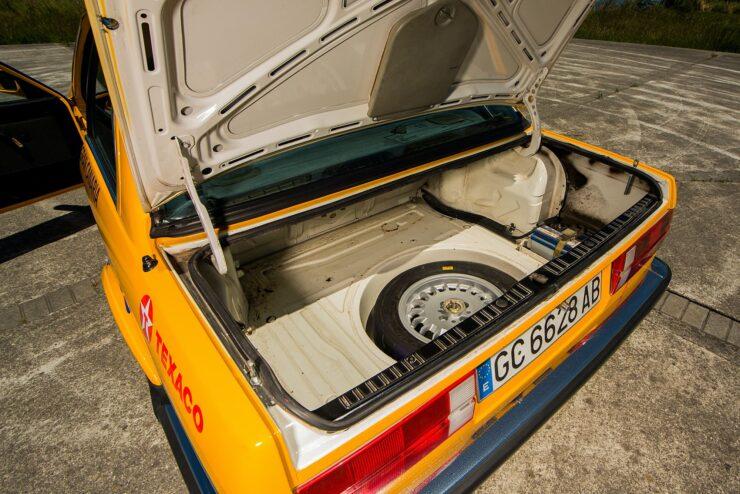 BMW 325IX 10