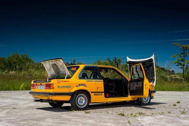 BMW 325IX 11