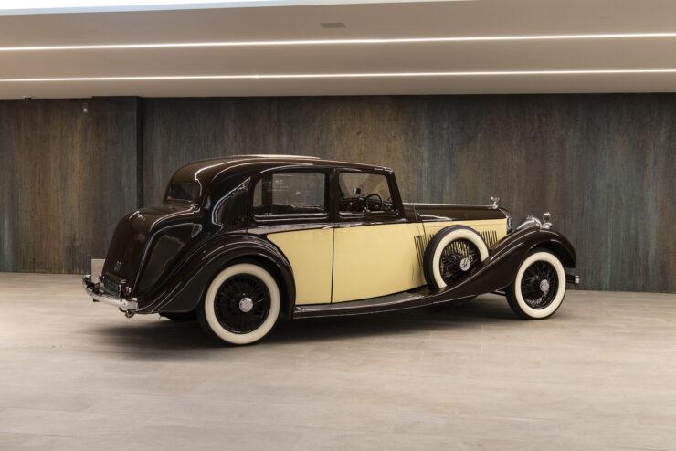 Bentley 4¼ Liter Pillarless Saloon 2
