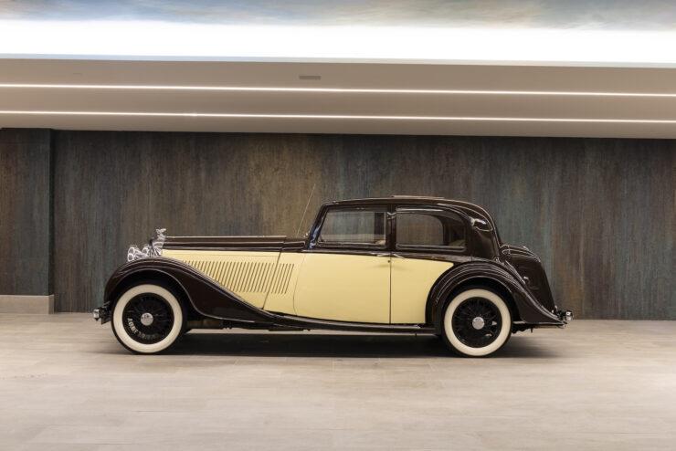 Bentley 4¼ Liter Pillarless Saloon 5
