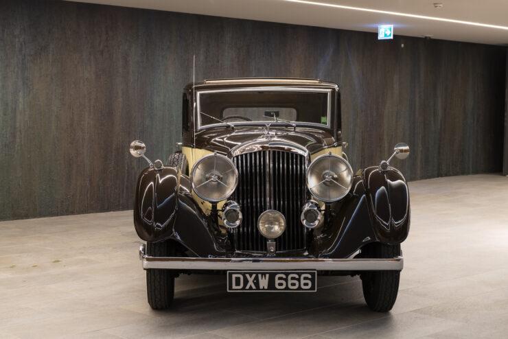 Bentley 4¼ Liter Pillarless Saloon 6