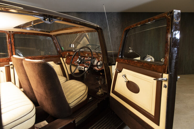 Bentley 4¼ Liter Pillarless Saloon 7