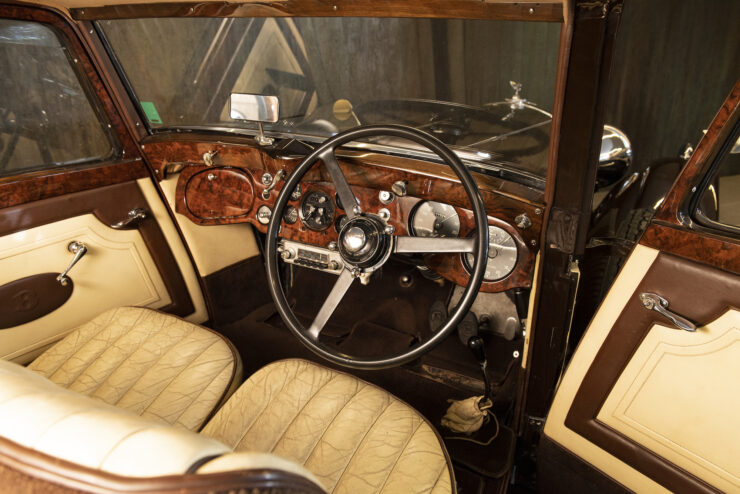 Bentley 4¼ Liter Pillarless Saloon 8