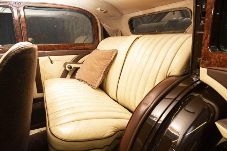 Bentley 4¼ Liter Pillarless Saloon 9