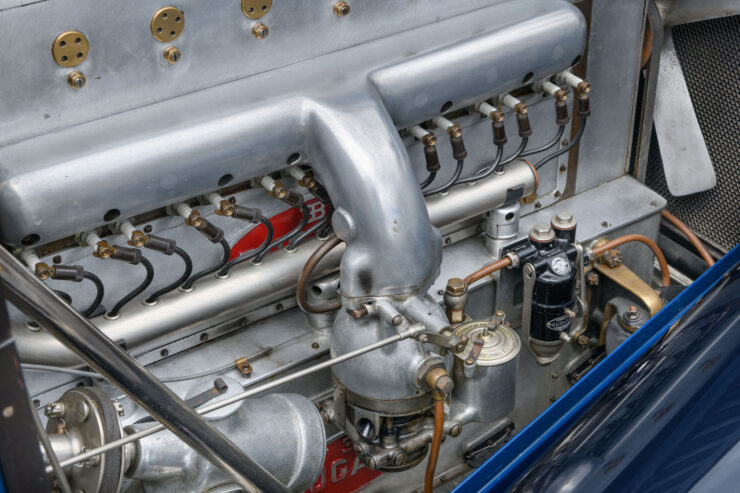 Bugatti Type 46 Superprofilée 12