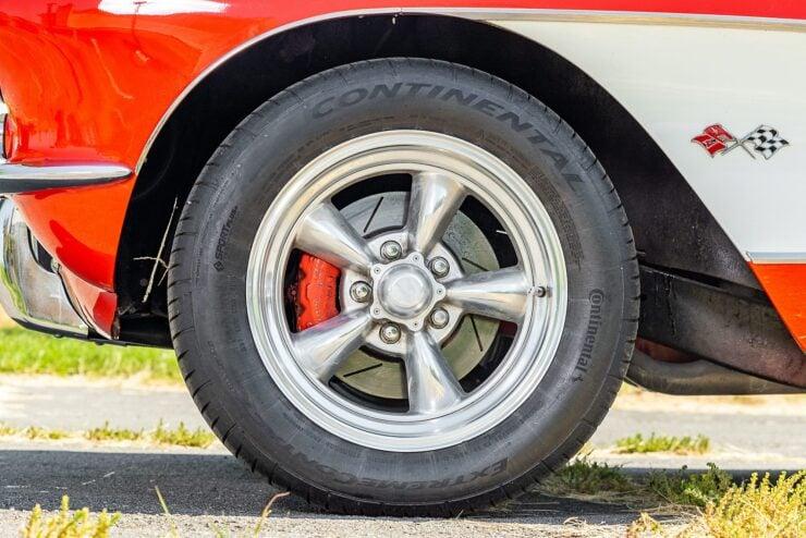 Chevrolet Corvette C1 Fuelie Restomod 3