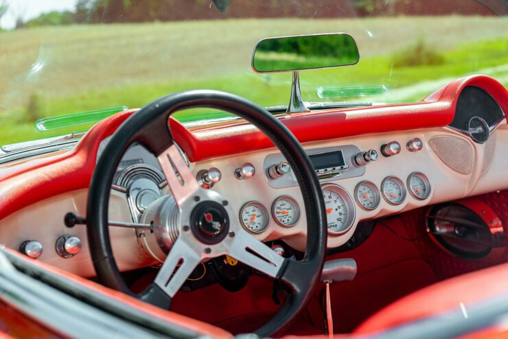 Chevrolet Corvette C1 Fuelie Restomod 6