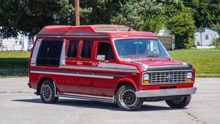 Custom Ford Econoline Van 11