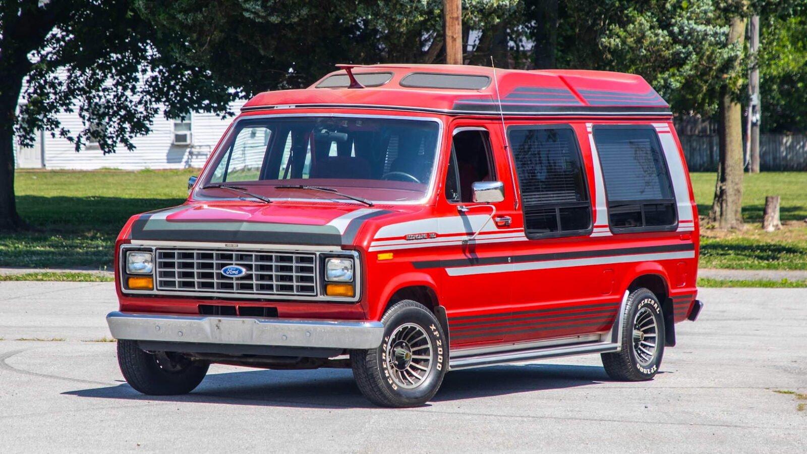Custom Ford Econoline Van
