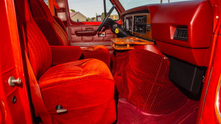 Custom Ford Econoline Van 4