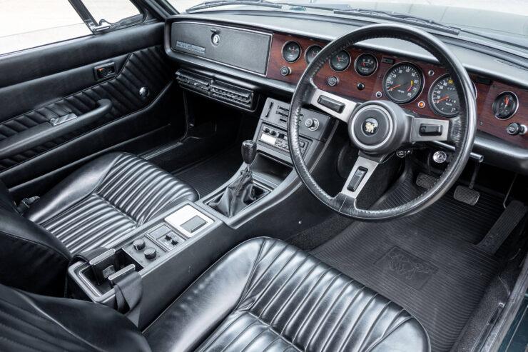 Isuzu 117 Car 4