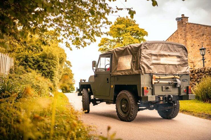 Land Rover Lightweight 1