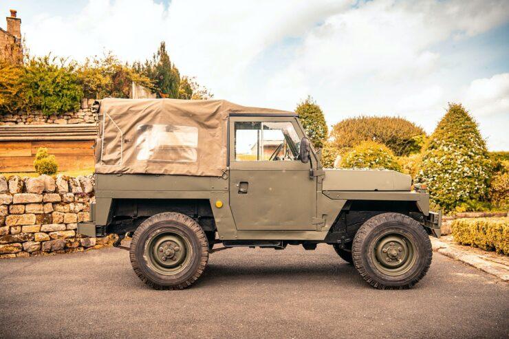 Land Rover Lightweight Series 3 6