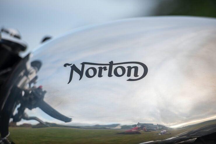 Norton Dominator SS 10