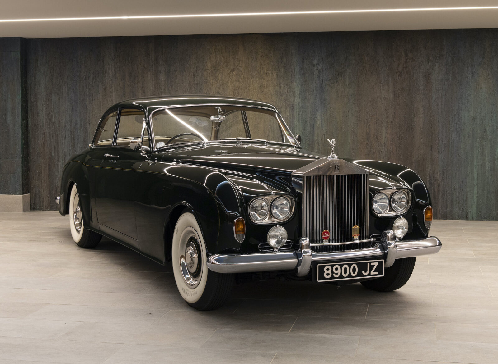 Rolls-Royce Silver Cloud III By James Young 12