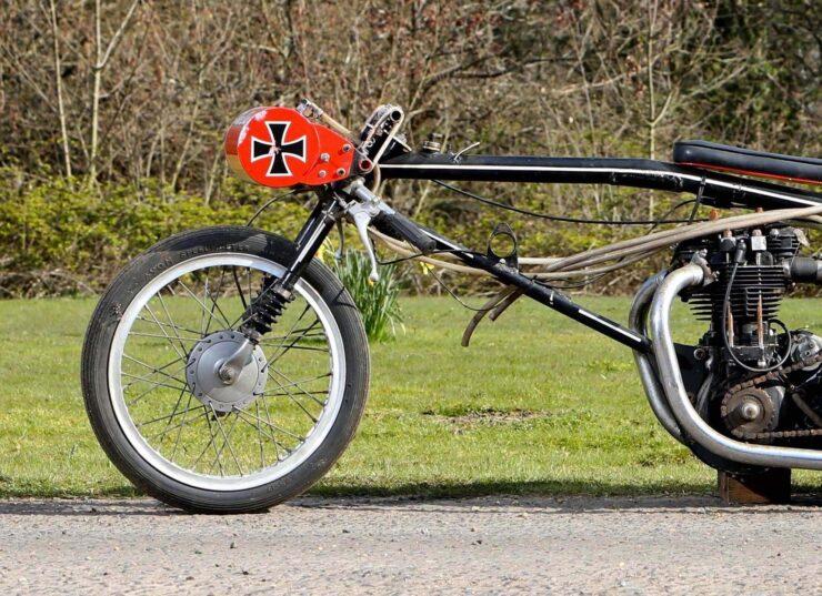 Triumph Drag Racing Bike 2