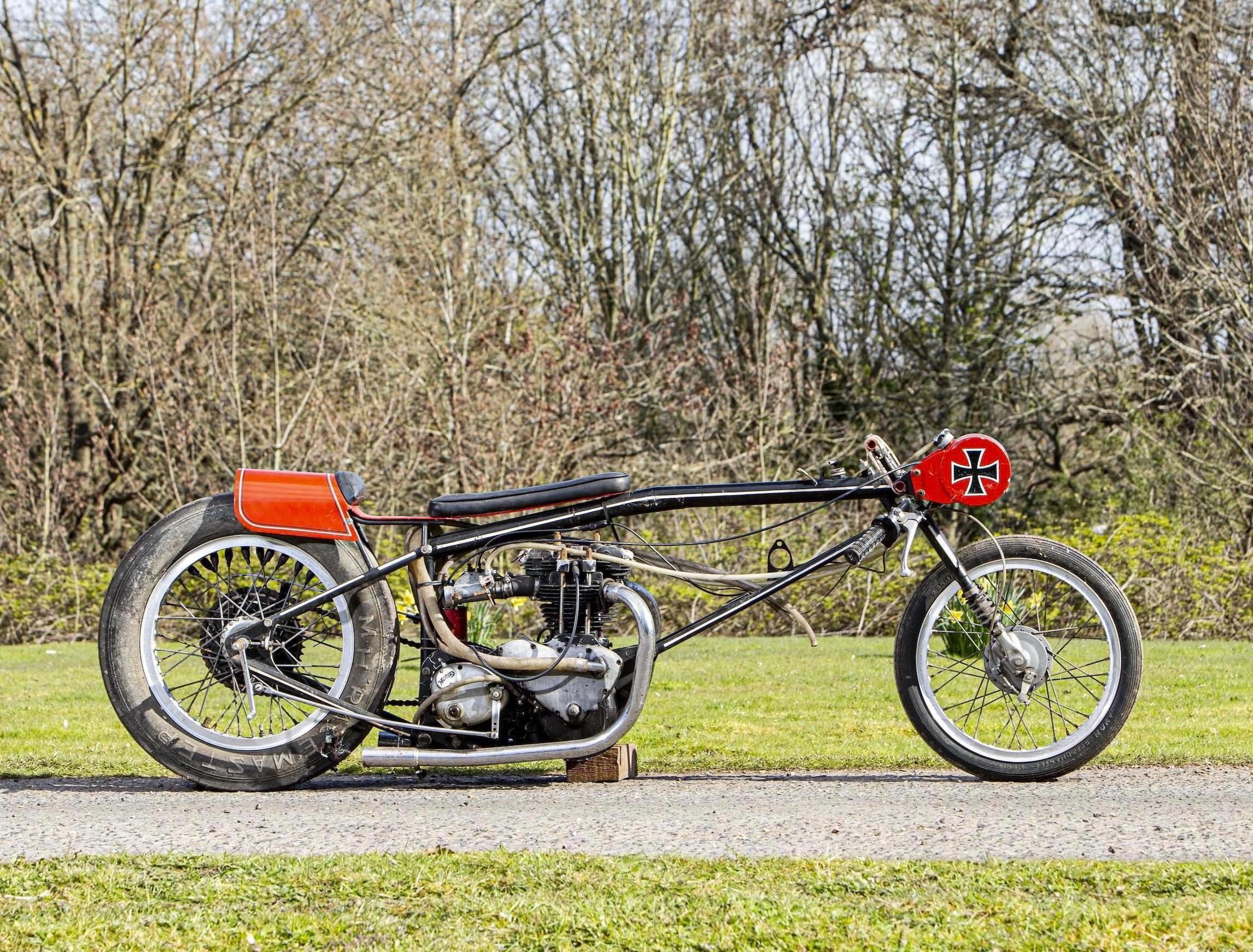 Triumph Drag Racing Bike
