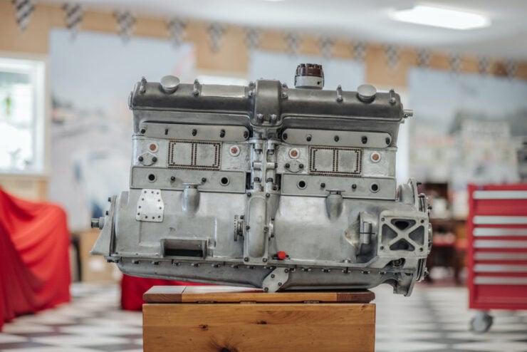 Alfa Romeo 8C Engine 3