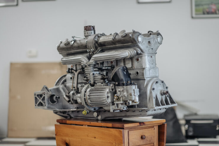 Alfa Romeo 8C Engine 5
