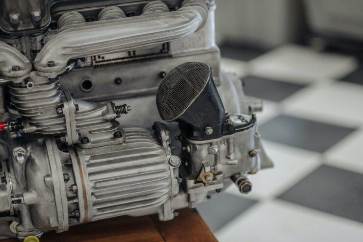 Alfa Romeo 8C Engine 7