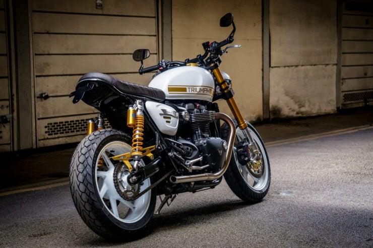 Custom Triumph Speed Twin 11